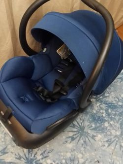 seat car infant MAXI-COSI Never USED for Sale in Queens,  NY