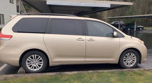 Toyota Sienna XLE 2014 for Sale in Auburn, WA