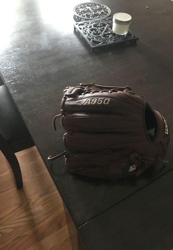 Wilson A950 baseball glove