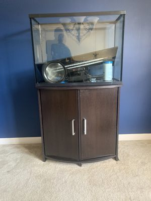 Fish Tank Stand & 37 Gallon Fish Tank for Sale in Austell, GA
