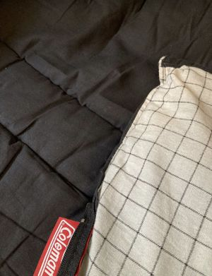 6 lbs Coleman sleeping bag (39x80'') for Sale in Houston, TX