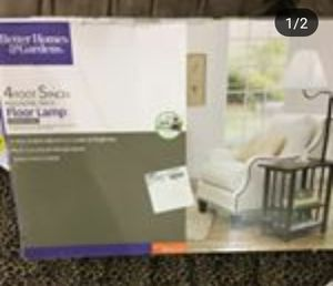 Floor lamp with table for Sale in Cleveland, OH