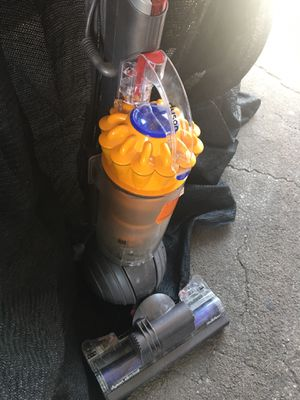Dyson vacuum for Sale in Las Vegas, NV