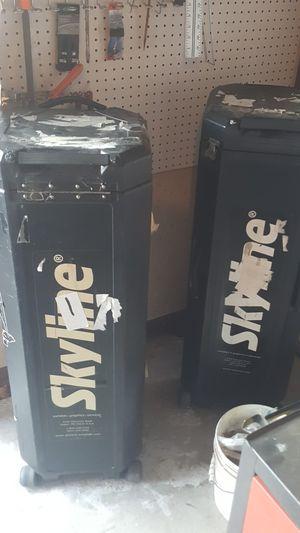 2 cajas skyline for Sale in Dallas, TX