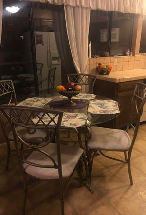 Dinning room table with 4 chairs for Sale in Tucson, AZ