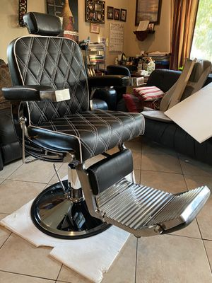 Barbershop chair for Sale in Fresno, CA