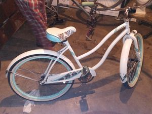 hwinn cruiser bike for Sale in Mount Clare, WV