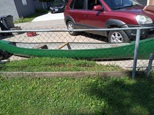 Canoe 17 ft fiberglass for Sale in Brooklyn Center, MN