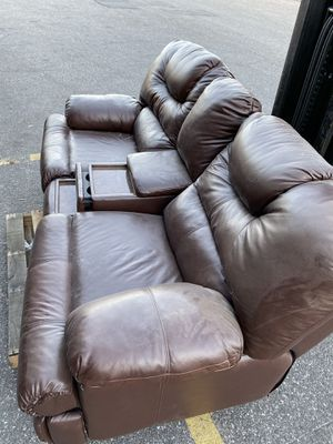 MOVIE ROOM LEATHER COUCH for Sale in Elmont, NY