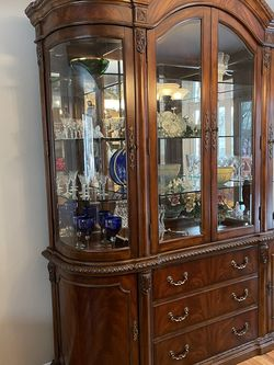China Cabinet for Sale in Rahway,  NJ