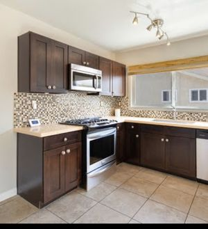 Kitchen Cabinets for Sale in Inglewood, CA