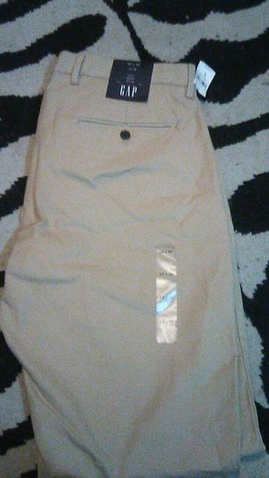 Brand new gap pants 32*32 for Sale in Tacoma, WA
