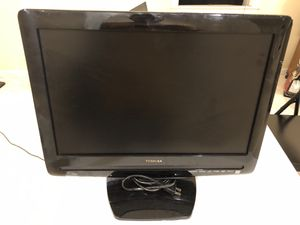 Toshiba monitor tv dvd hdmi headphone 18.9 inch for Sale in Rockaway, NJ