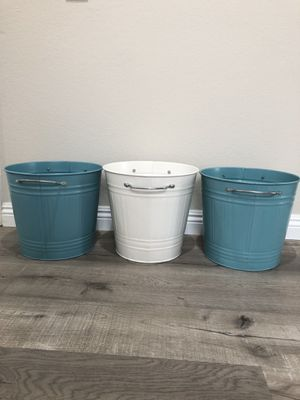 (Like New) SET OF 3 STORAGE CONTAINERS for Sale in Mission Viejo, CA