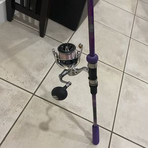 Mint Shimano Stradic 5k On Custom Rod for Sale in Fort Lauderdale, FL