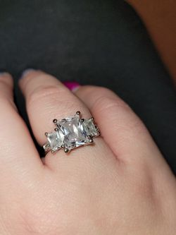 Ring Size 8 for Sale in Gainesville,  GA
