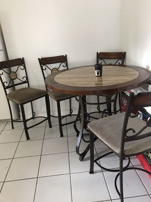 Kitchen or patio table $60 obo for Sale in Miramar, FL
