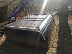"6'5"" pickup bed camper shell 80""x68"" for Sale in Woodbridge, VA"