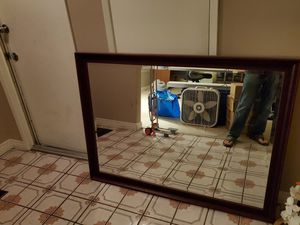 Mirror lamp ect for Sale in Fountain Valley, CA