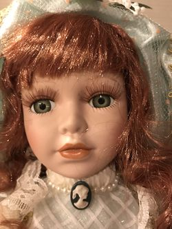 Beautiful Porcelain Doll for Sale in Damascus,  OR