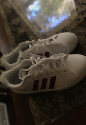 adidas maroon superstars BRAND NEW for Sale in Cleveland, OH