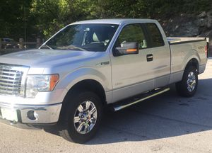 2012 Ford F-150 Ext.Cab. Low miles w/hydraulic Ramp! for Sale in West Springfield, VA
