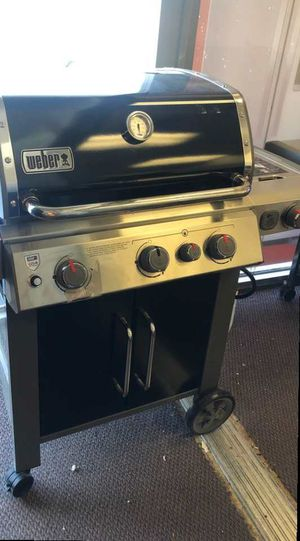 Weber grill 7Z3T for Sale in Carson, CA