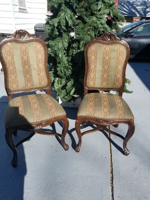 2 ANTIQUE SEAT for Sale in Elizabeth, NJ