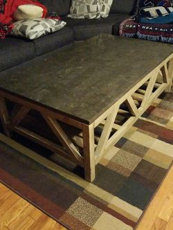 Coffee Table for Sale in Garden City,  MI