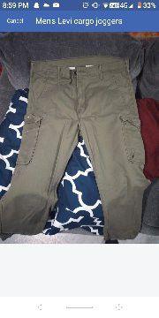 Levi's cargo pants 36 x 30 for Sale in Nashville, TN