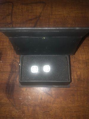 JOHNNY DANG DIAMOND EARRINGS for Sale in Jurupa Valley, CA