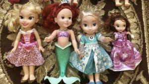 Light up/sings disney dolls!!! for Sale in Royal Palm Beach, FL
