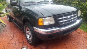 2003 Ford Ranger XLT clean title for Sale in Miami, FL