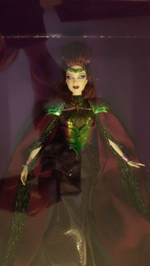 Empress of the Aliens Gold Label Collectable Barbie NIB Excellent Condition for Sale in Long Beach, CA