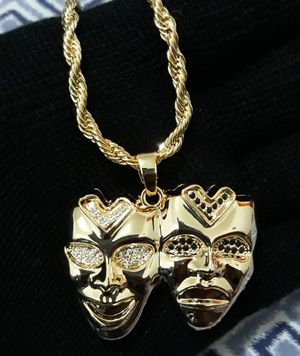 Mask necklace for Sale in Los Angeles, CA