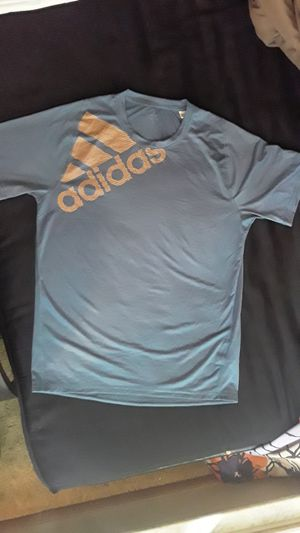 ADIDAS MEN'S T-SHIRT! for Sale in Obetz, OH