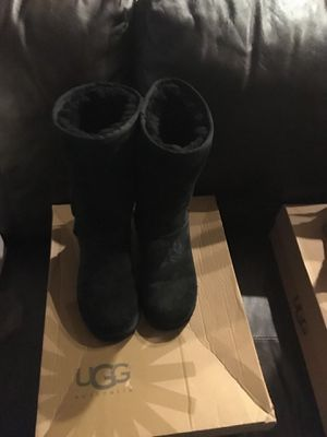 Ugg women's tall boots-black for Sale in Diamond Bar, CA