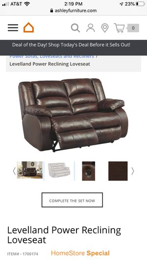 Recliner sofa for Sale in Glendale, CA