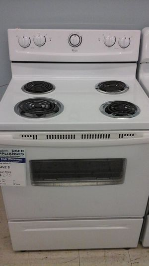 Whirlpool Electric Range for Sale in Westminster, CO