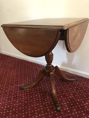 Unusual antique vintage four side drop leaf side table PA HOUSE for Sale in Kirkwood, NJ