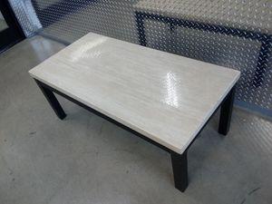 🐅👀 coffee table 🏁🌎 for Sale in Atlanta, GA