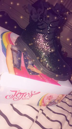 JoJo Siwa Reflective Boots 😍 for Sale in Columbus, OH