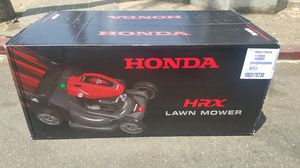 HONDA SELF-PROPELLED, HYDROSTATIC DRIVE LAWN MOWER MODEL # HRX217HYA WITH ROTO-STOP....NUEVA....NEW.... for Sale in Los Angeles, CA