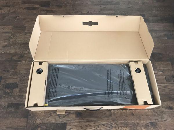 Brand New - Traeger folding front shelf/Pro 780