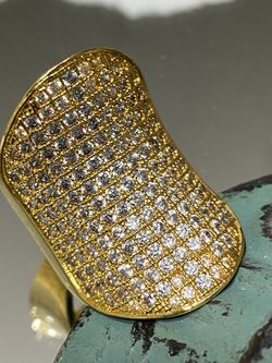 18k Gold Filled Large Boat Style Ring With Multiple Clear CZ Stones Size 7 for Sale in Nashville,  TN
