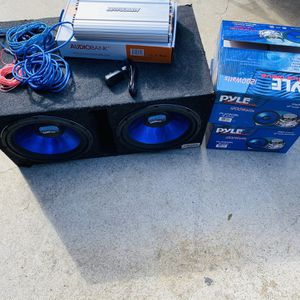 $300 Firm No Less / New Subs / New amp / Wiring Kit And Ported Box for Sale in Sanger, CA