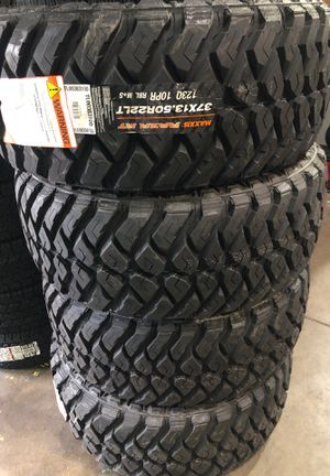 37/1350/22 maxxis $1000 set of 4 for Sale in Wesley Chapel, FL