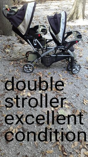 Double stroller in excellent condition, super clean for Sale in Mt. Juliet, TN