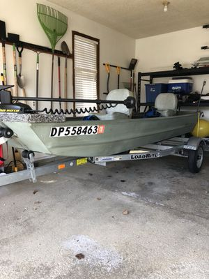 ALUMINUM JON BASS BOAT 12 FT for Sale in Toledo, OH