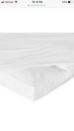 Twin size feather bed/mattress topper - excellent condition for Sale in Portland, OR